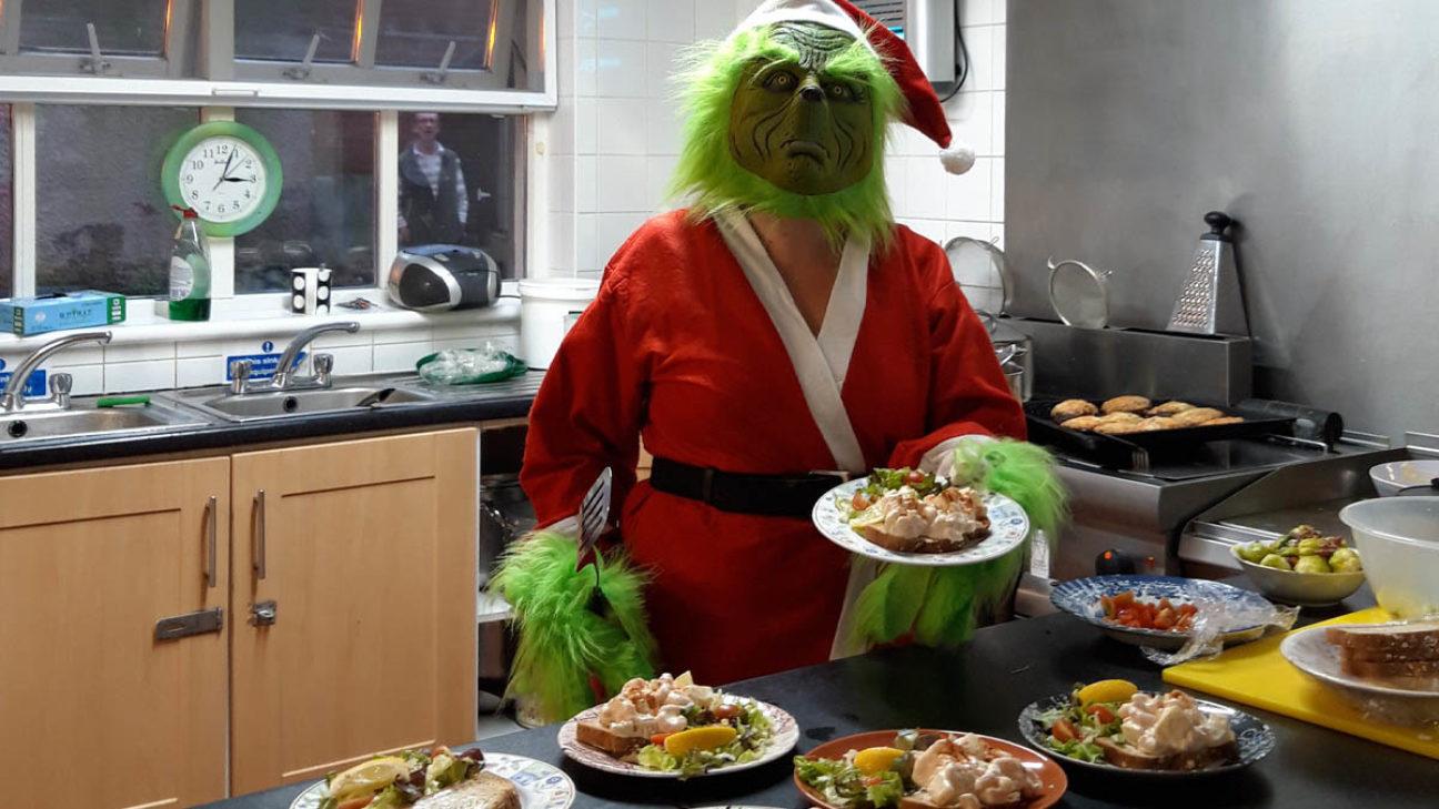 Fionnuala Christmas Dinner Twitter
